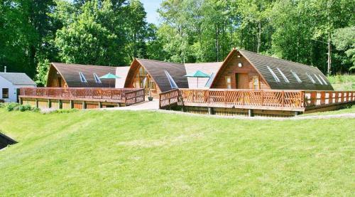 Lodge-900-104