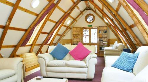 Lodge-900-110